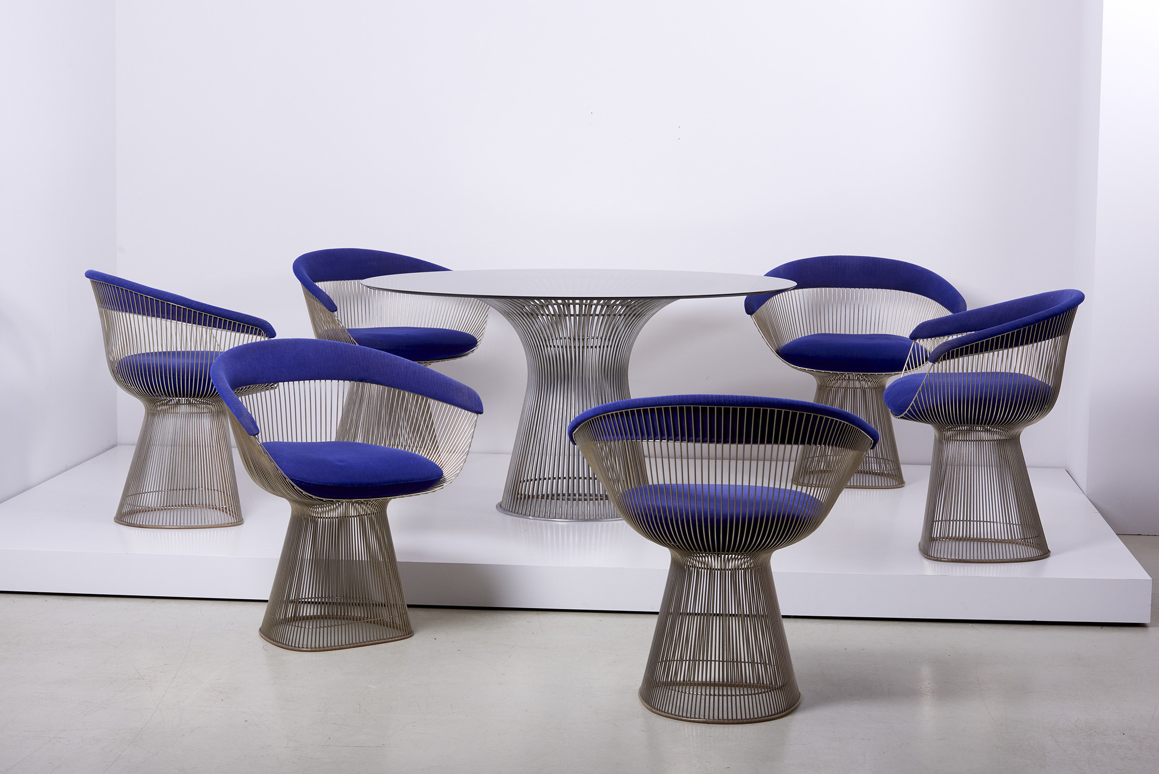 Set Of Wire Dining Table And Six Chairs By Warren Platner For Knoll